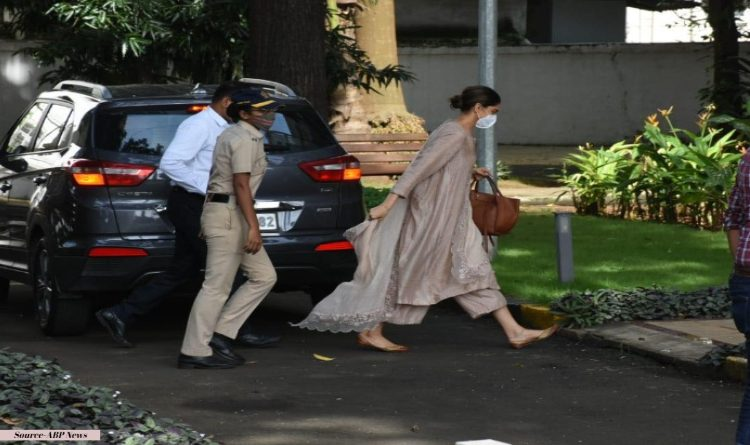 Deepika Padukone at NCB Office